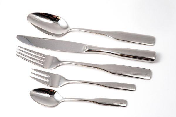 silver-spoon-near-silver-kitchen-knife-45187